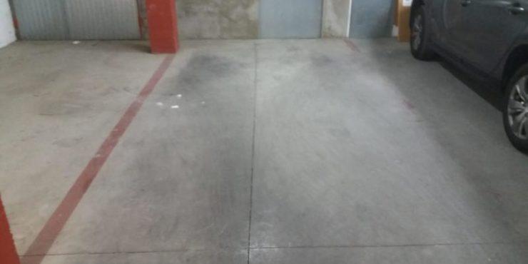 Garaje con trastero en zona centro