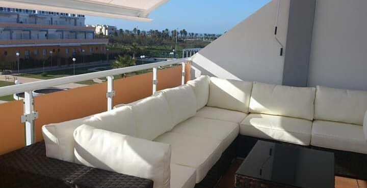 Atico en costa ballena con gran terraza